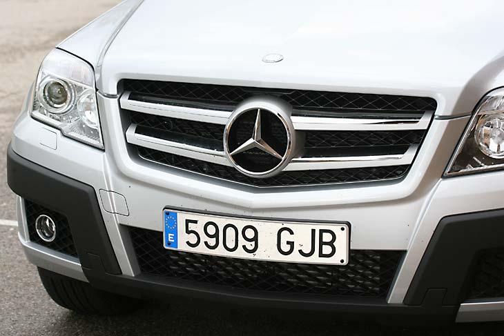 Mercedes GLK320 y Volvo XC60: detalles de la carrocería
