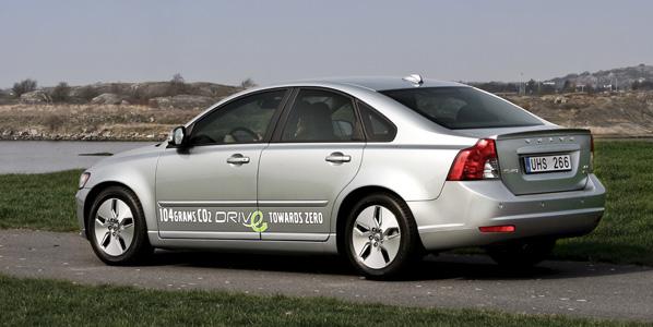 La CE aboga por coches más limpios