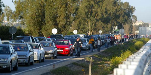 Los automovilistas discrepan sobre si eliminar los 'puentes' aumentará o disminuirá los accidentes