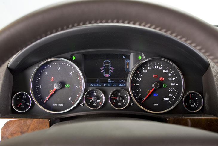 Volkswagen Touareg: detalles
