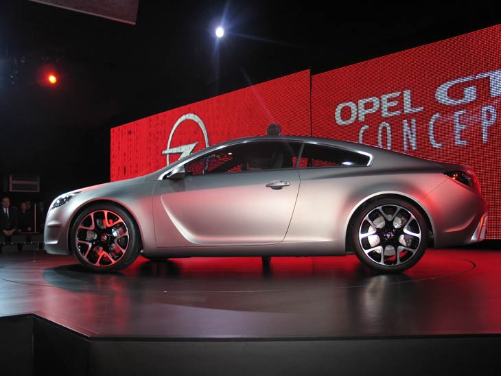 Opel GTC Estudio