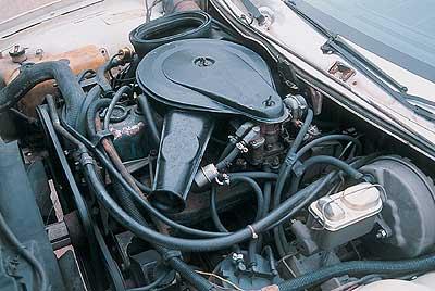 El motor, de 6 cilindros, ofrece un abundante par.