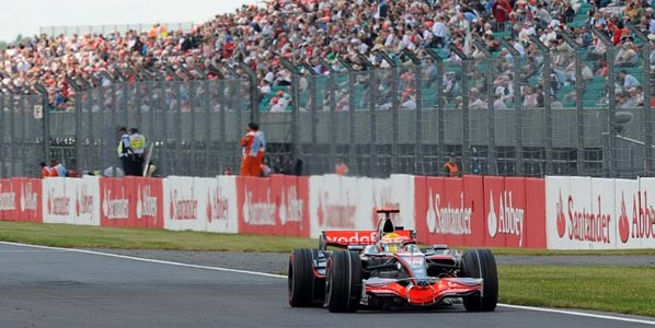 GP de Gran Bretaña de F1: exhibición de Hamilton