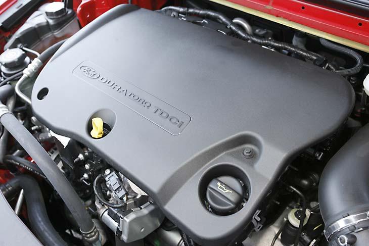 Comparativa Citroën C5 2.2 HDI – Ford Mondeo 2.2 TDCI – Mazda 6 2.2 CRTD, al detalle