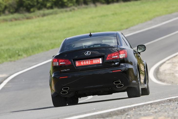 Lexus IS F: detalles