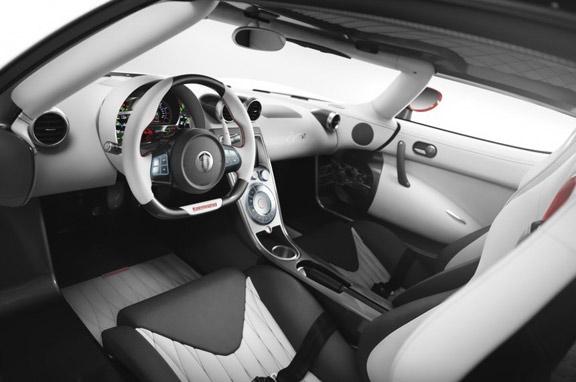 Koenigsegg Agera y Agera R 2013