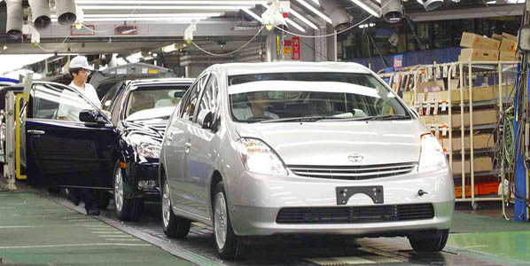Toyota vuelve a los beneficios