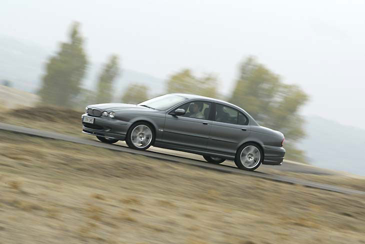 Jaguar X-Type 2.2D | Todas las pruebas | Autopista.es