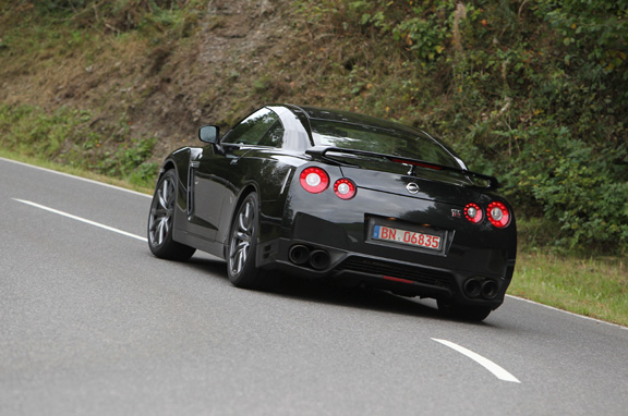 Nissan GT-R 2012, exótico superdeportivo