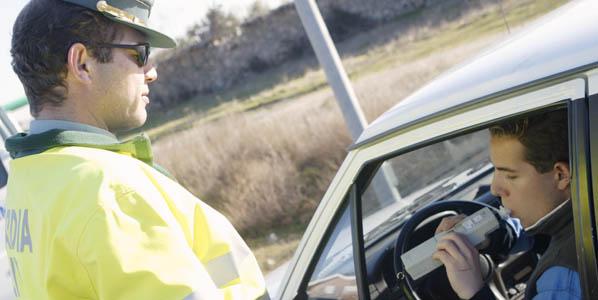 Carné por puntos: 18.000 conductores, sin licencia