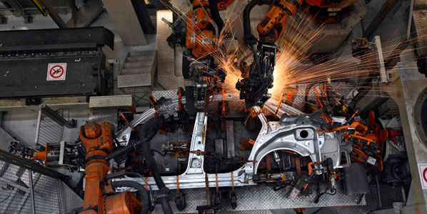 Baja la producción de Renault, Ford y PSA