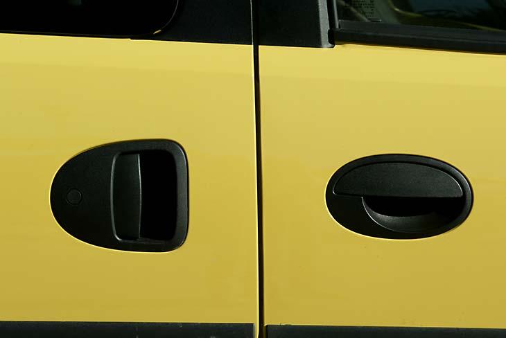 Opel Combo exterior