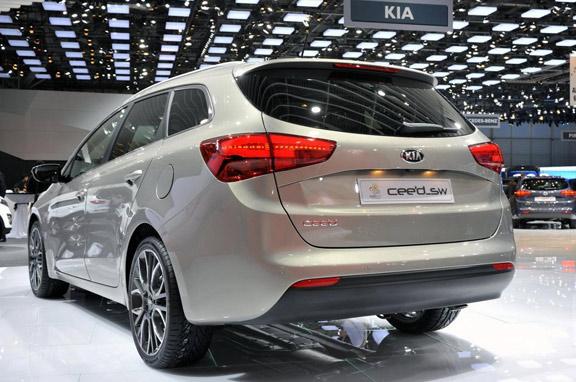 Nueva versión familiar Kia Ceed SW