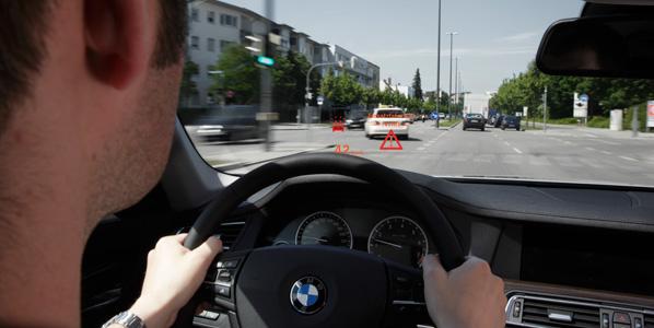 BMW Car-to-X, vehículos que interactúan entre sí