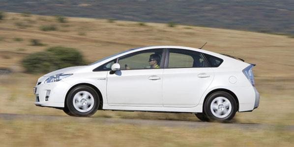 Toyota revisará el Prius en España