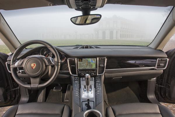 Audi A7 3.0 TFSI contra Porsche Panamera