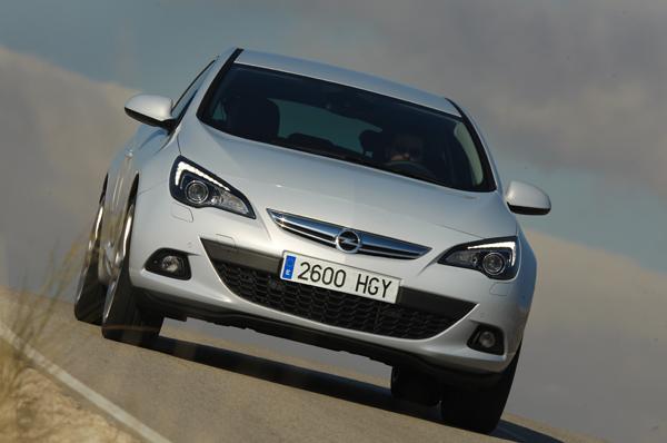 Opel Astra GTC 1.6 Turboo 180 CV Sportive