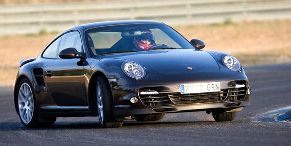 Muere el creador del Porsche 911