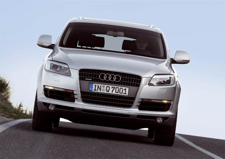 AudiQ7_ext