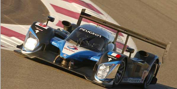 Peugeot domina la calificación