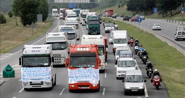 La huelga del transporte amenaza con el desabastecimiento