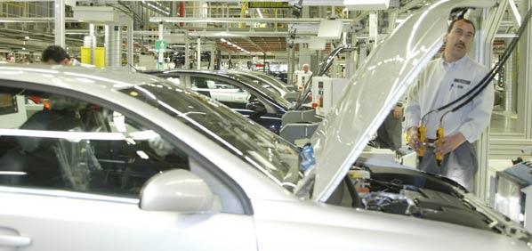 GM vende el 55 por ciento de Opel a Magna
