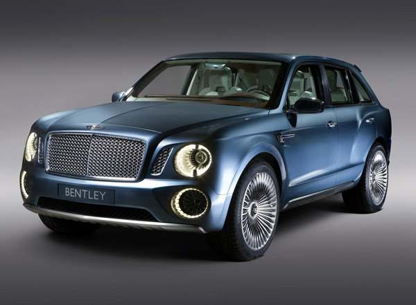 Bentley EXP 9 F, en movimiento