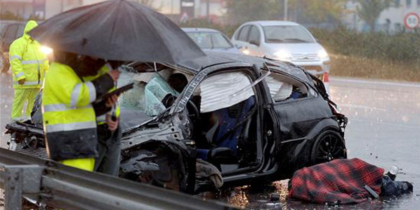30 fallecidos en 25 accidentes