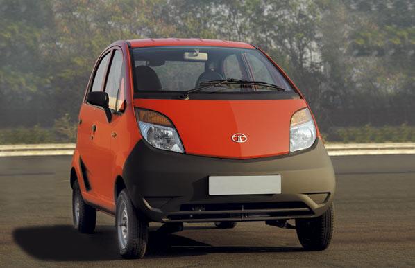 Tata Nano, un coche por 1.700 euros