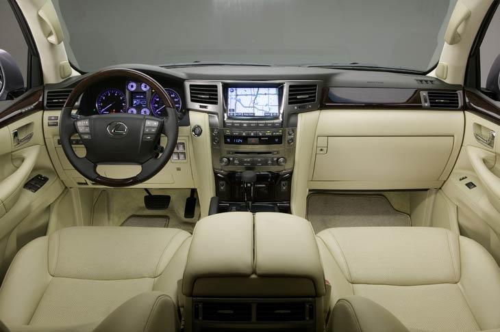 LexusLX570_nov