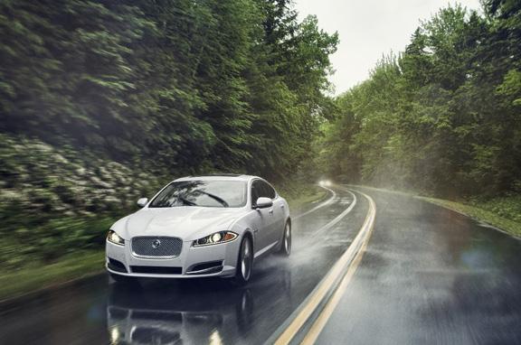 Jaguar XF y XJ AWD de tracción total