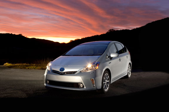 Toyota Prius V Concept y C Concept