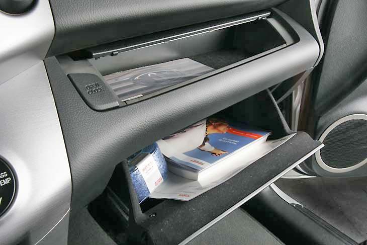 Toyota RAV 4 Detalles