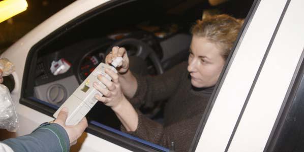 Los conductores jóvenes que no beban serán premiados con descuentos