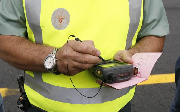 ¿Es lícito premiar por poner multas?