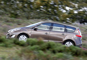 Renault Grand Scénic 2.0 dCi Privilège
