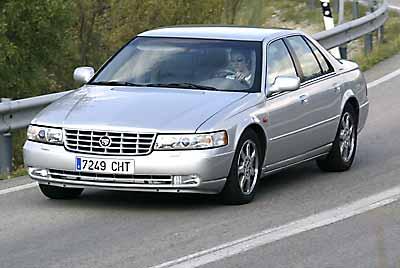 Un consumo alto limita la autonomía del Cadillac.