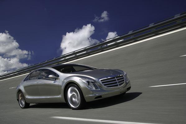 Mercedes F 700: adelantando el futuro