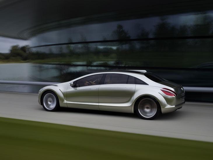 Mercedes F 700