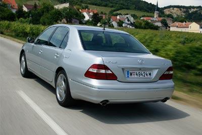 Lexus LS430