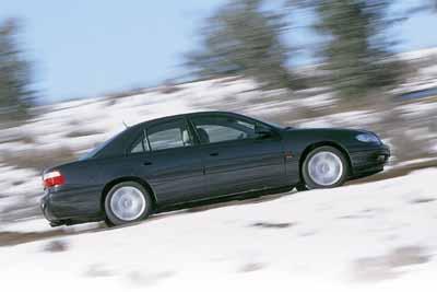 Alfa 166 3.0 V6 24V contra Opel Omega 3.0 V6 Executive