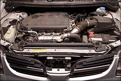 Nissan Almera Tino 2.2 Di Ambience