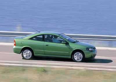 Contacto: Opel Astra Coupé Bertone