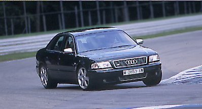 Audi S8 / Mercedes S55 AMG