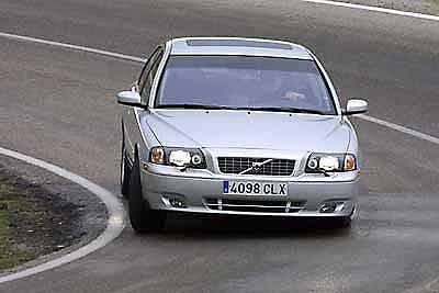 Volvo S80.