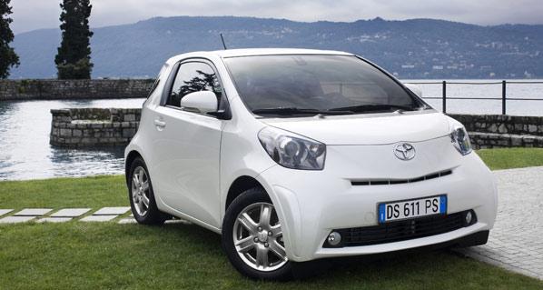 Airbag central para los asientos traseros de Toyota