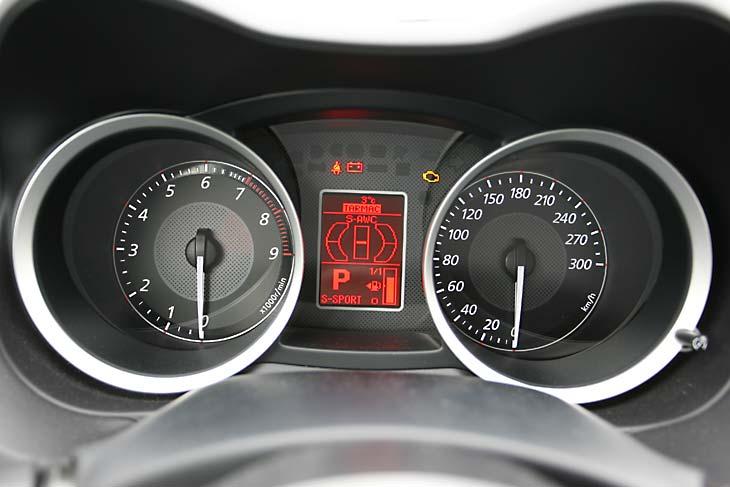 Mitsubishi Lancer EvoX vs Subaru Impreza WRX STI, al detalle