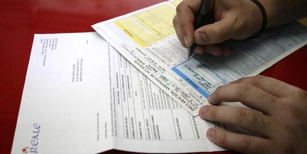 Las aseguradoras, en caída libre