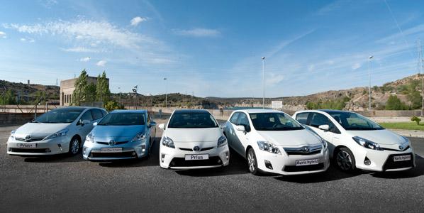 Se completa la gama híbrida de Toyota