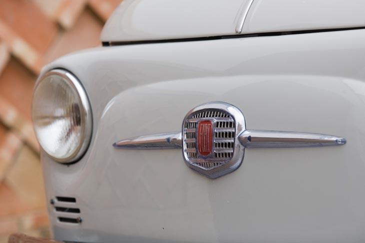 El clásico Fiat 500 detalles exterior